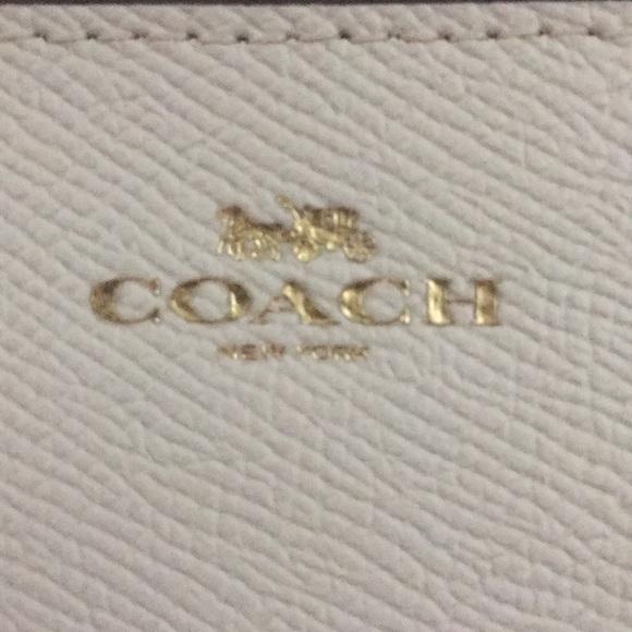 Coach Handbags - Coach Wrislet